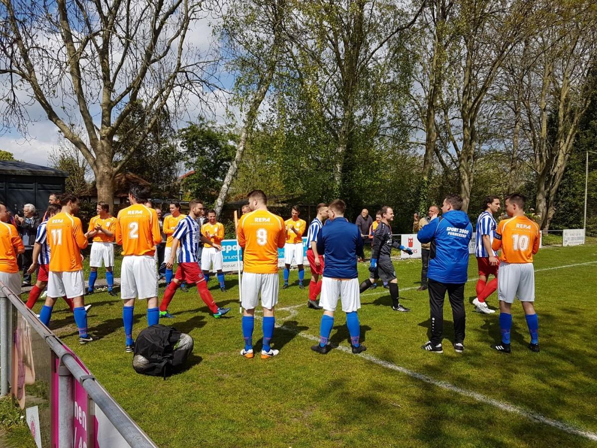 Bloemen voor FC Castricum, winst voor DZS
